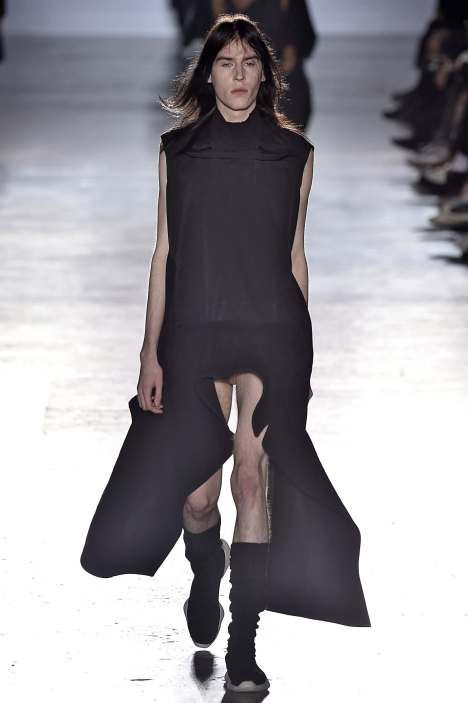rick-owens-put-flaccid-penises-on-the-runway-a-paris-fashion-week-456-body-image-1421962227