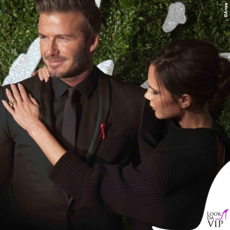 British-Fashion-Awards-David-Beckham-abito-Dior-Victoria-Beckham-maglione-gonna-Victoria-Beckham-scarpe-Manolo-Blanik-2