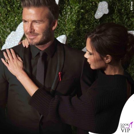 British-Fashion-Awards-David-Beckham-abito-Dior-Victoria-Beckham-maglione-gonna-Victoria-Beckham-scarpe-Manolo-Blanik-2