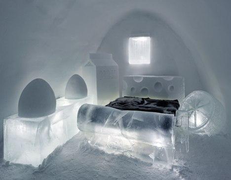 11-ice-bedroom-romania