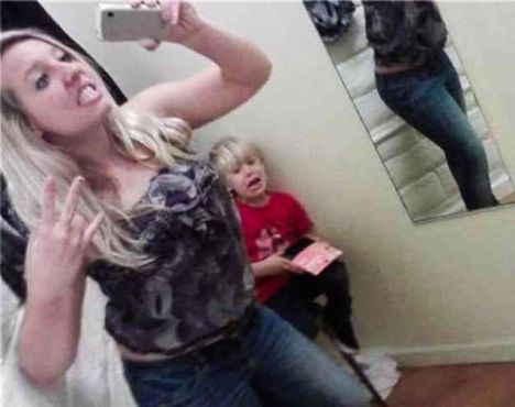 moms_who_take_selfies_like_these_just_dont_get_parenthood_at_all_640_08