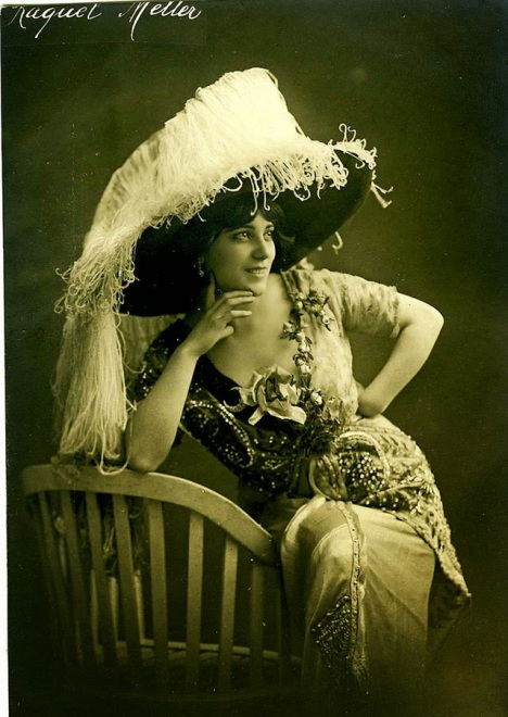 Beautiful Women from the Belle Époque (33)