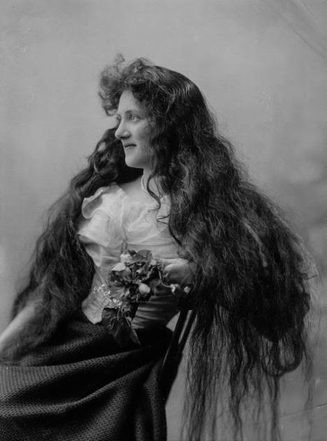 Longhair Victorian woman (11)