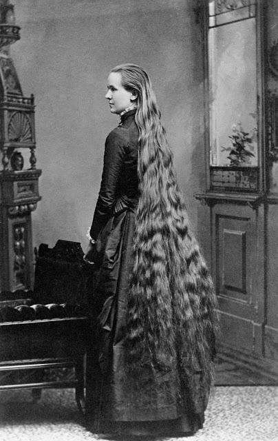 Longhair Victorian woman (12)