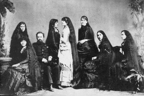 Longhair Victorian woman (14)