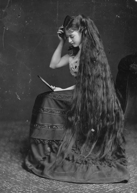 Longhair Victorian woman (4)