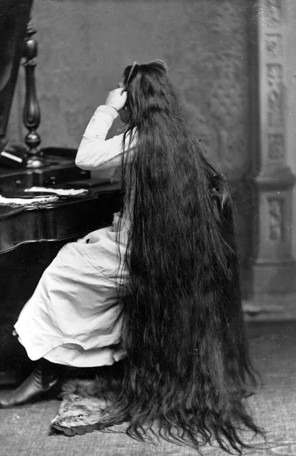 Longhair Victorian woman (5)