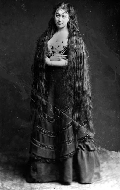Longhair Victorian woman (6)