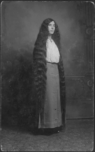 Longhair Victorian woman (8)