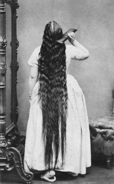 Longhair Victorian woman (9)