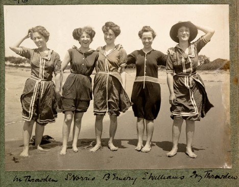 Women in bathing suits on Collaroy Beach, 1908