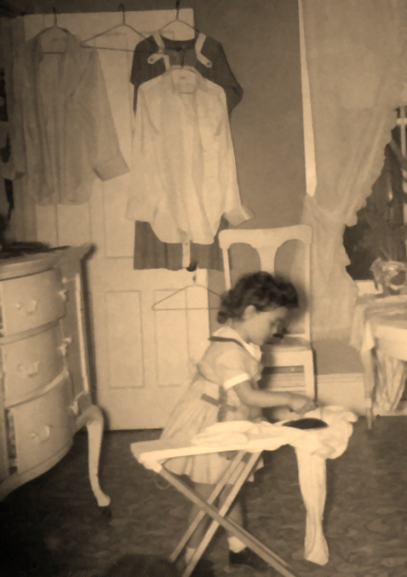 Vintage Photos of Children Working at Home (1)