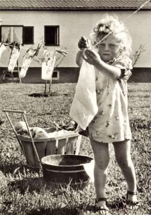 Vintage Photos of Children Working at Home (10).jpg