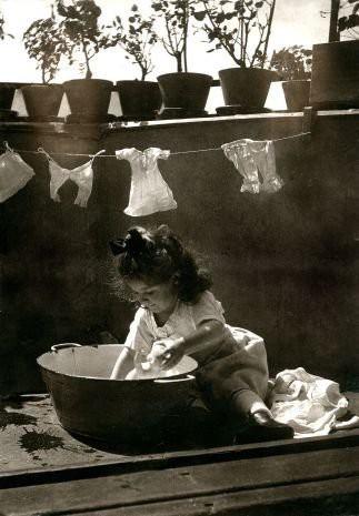 Vintage Photos of Children Working at Home (14).jpg