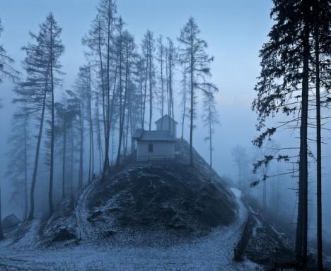 winter-houses-11__880-720x592