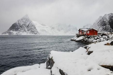 winter-houses-3__880-720x477