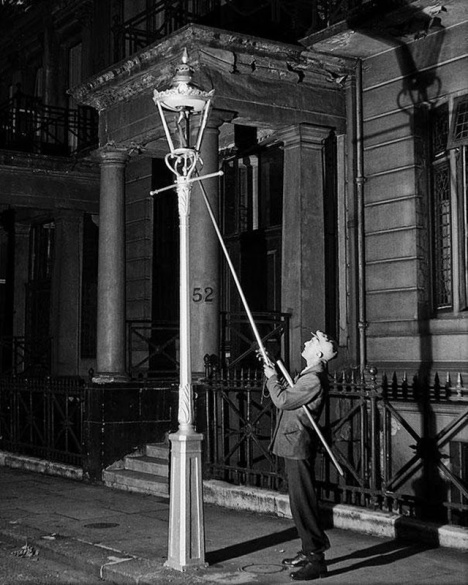6. Lamplighter (2).jpeg