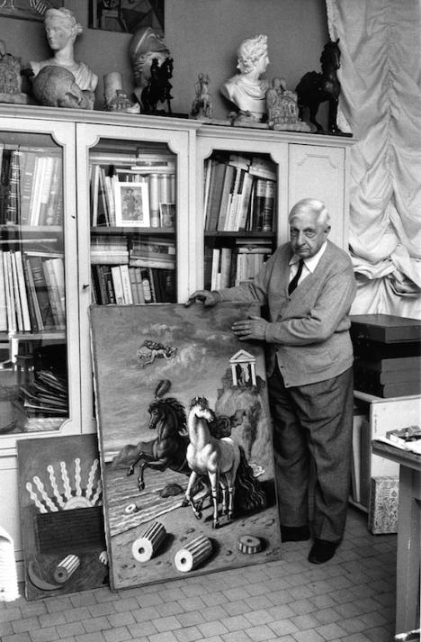 Giorgio-de-Chirico-nel-suo-studio-fine-anni-60-Fondazione-Giorgio-e-Isa-de-Chirico.jpeg