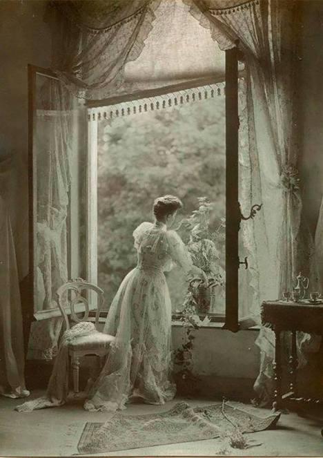 Léonard Misonne, Madame Misonne. 1910, Belgium.